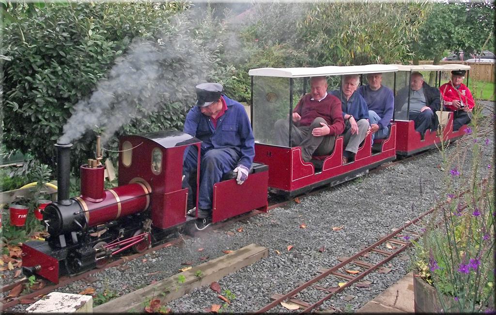Woodseaves Miniature Railway, narrow gauge railway near Market
